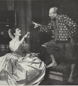 Lawrence and Brynner in the King and I